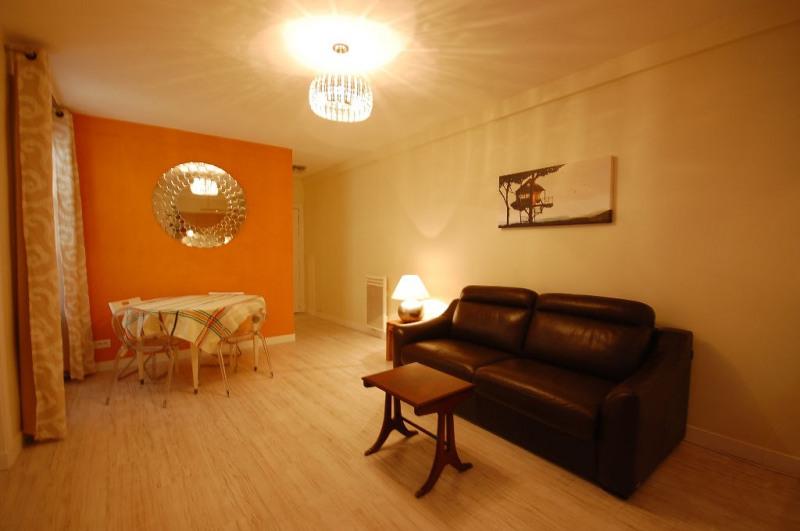 Alquiler  apartamento Paris 8ème 1706€ CC - Fotografía 3