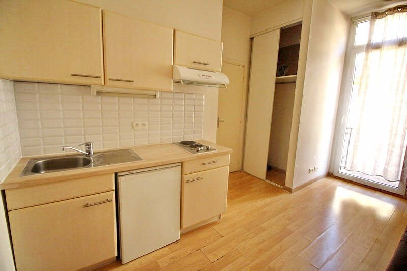 Rental apartment Nice 460€ CC - Picture 1