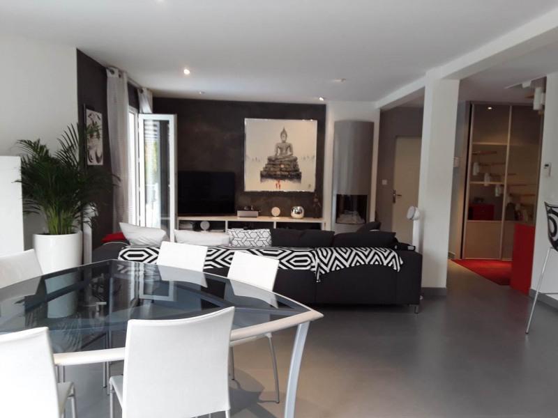 Deluxe sale house / villa Gaillard 714000€ - Picture 2