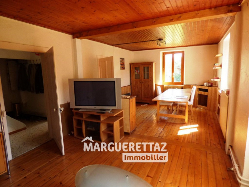 Sale house / villa Mieussy 383000€ - Picture 1
