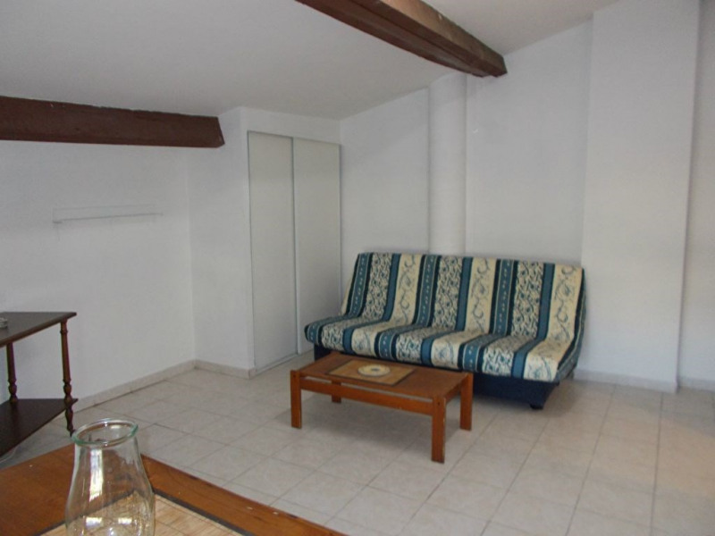 Location appartement Rodilhan 394€ CC - Photo 1
