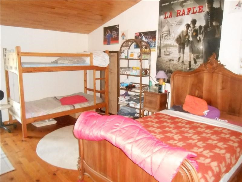 Sale house / villa Loulay 180000€ - Picture 8