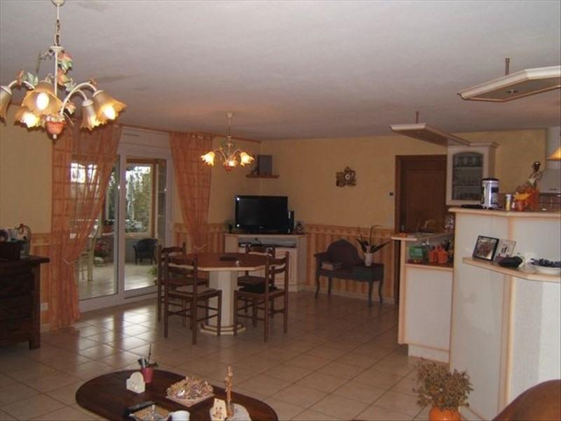 Sale house / villa Guegon 127200€ - Picture 4