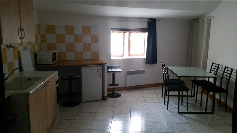 Rental apartment Lodeve 430€ CC - Picture 2