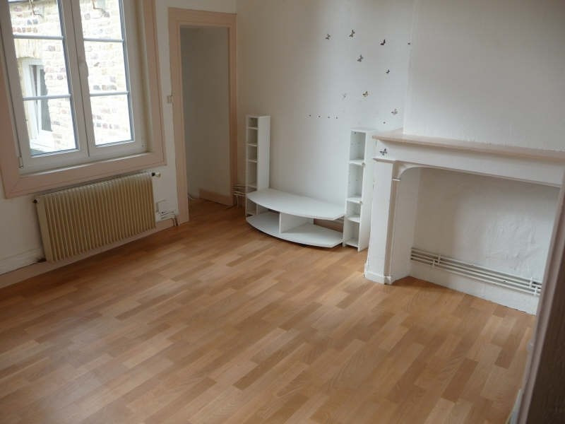 Rental apartment St omer 320€ CC - Picture 2