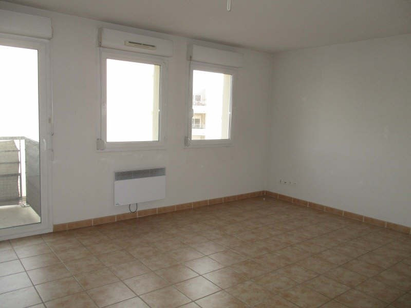 Location appartement Nimes 564€ CC - Photo 3