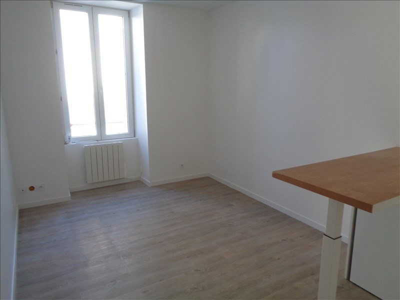 Location appartement Auray 365€ CC - Photo 3