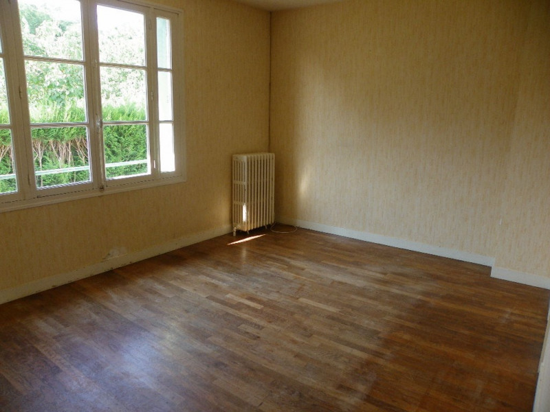 Vente maison / villa Montsurs 54 400€ - Photo 1