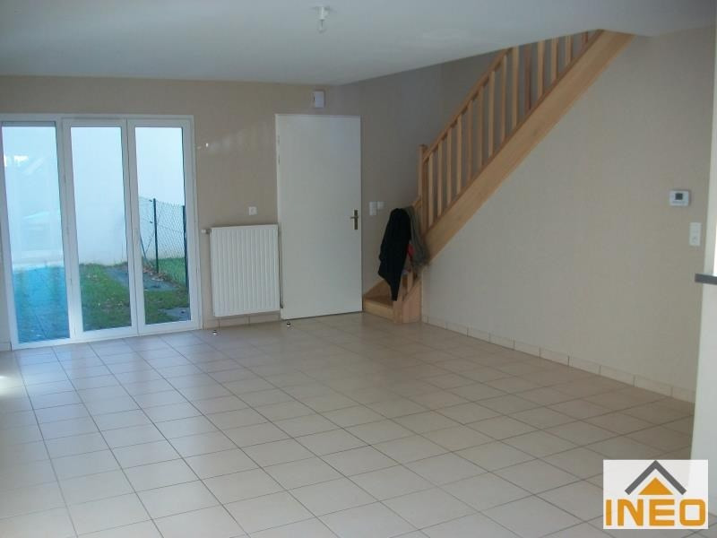 Location maison / villa Geveze 850€ CC - Photo 2