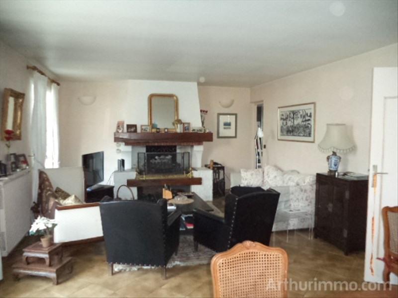 Sale house / villa Jars 210000€ - Picture 3