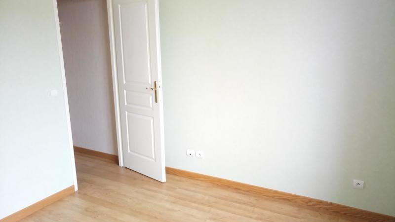 Location maison / villa Montesson 2400€ +CH - Photo 9