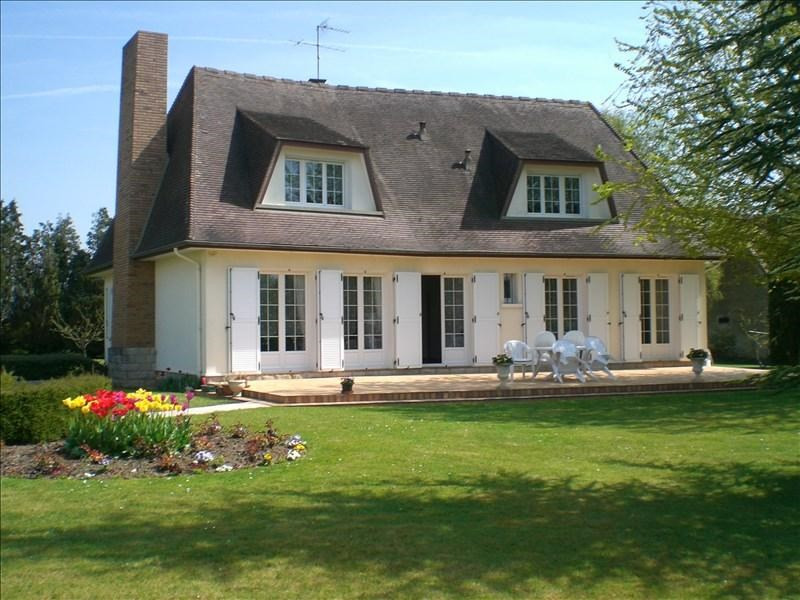 Sale house / villa Montereau fault yonne 349650€ - Picture 1