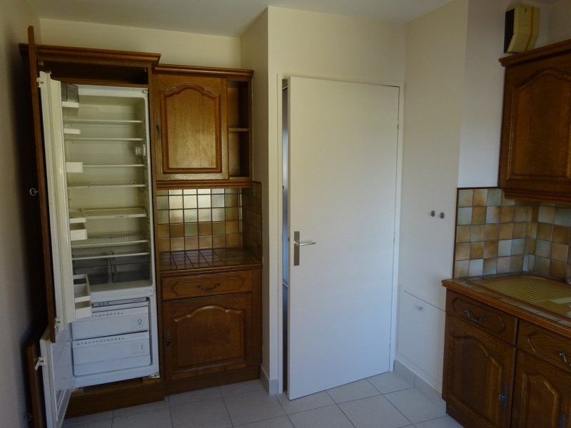 Locação apartamento Oullins 670€ CC - Fotografia 9