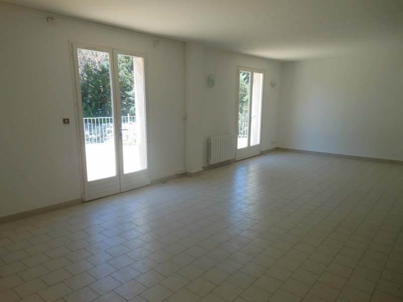 Location maison / villa Nimes 1 660€ CC - Photo 3