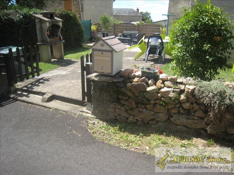Vente maison / villa Puy guillaume 88970€ - Photo 7