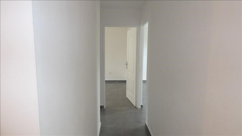 Rental house / villa Le tampon 880€ CC - Picture 7