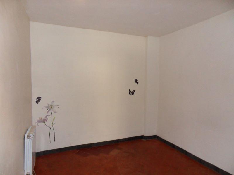 Sale apartment Carpentras 60000€ - Picture 3