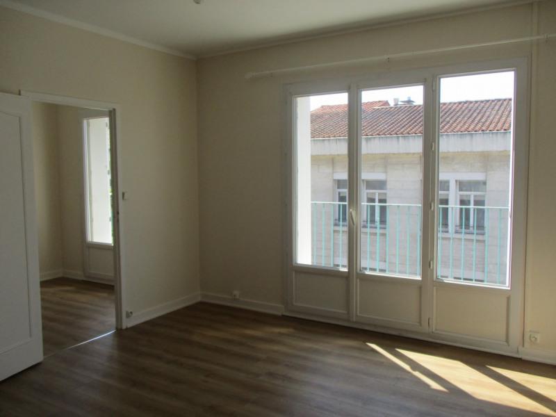 Rental apartment Angoulême 435€ CC - Picture 1