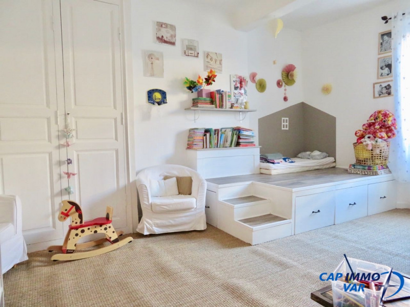 Sale apartment Le beausset 235 000€ - Picture 8