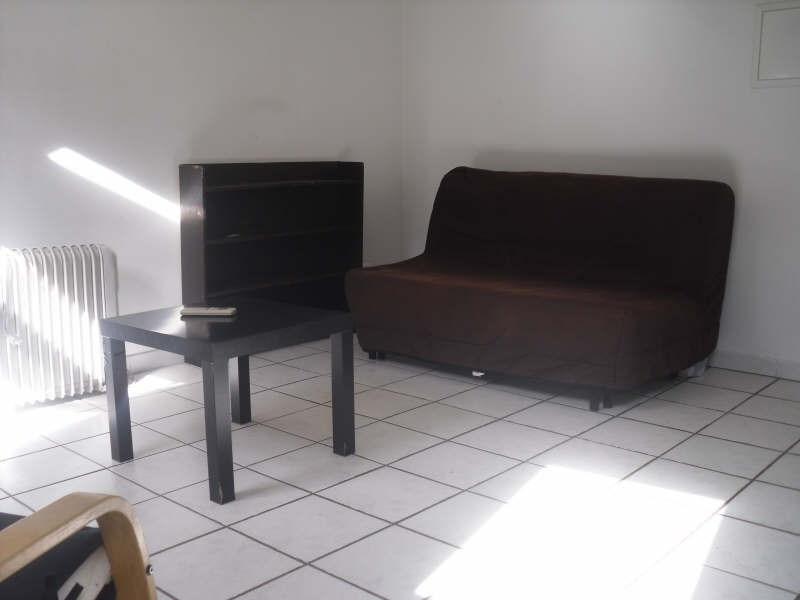 Verhuren  appartement Nimes 405€ CC - Foto 1