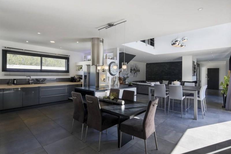 Deluxe sale house / villa Domazan 880000€ - Picture 7