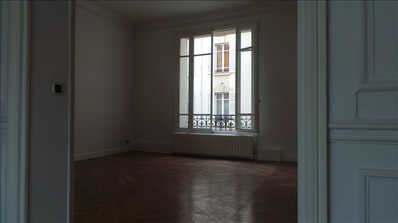 Location appartement Paris 16ème 6 300€ +CH - Photo 5