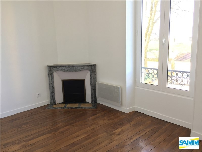 Location appartement Chevannes 803€ CC - Photo 3