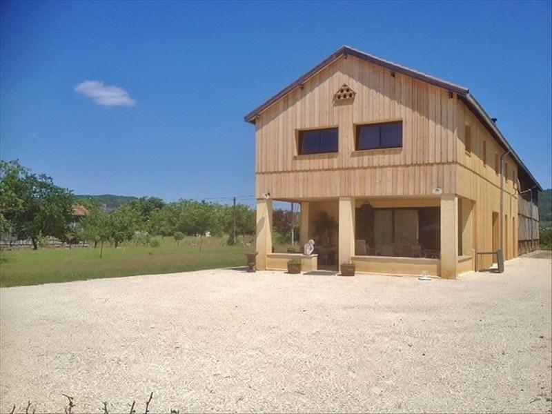 Sale house / villa Vezac 368000€ - Picture 1