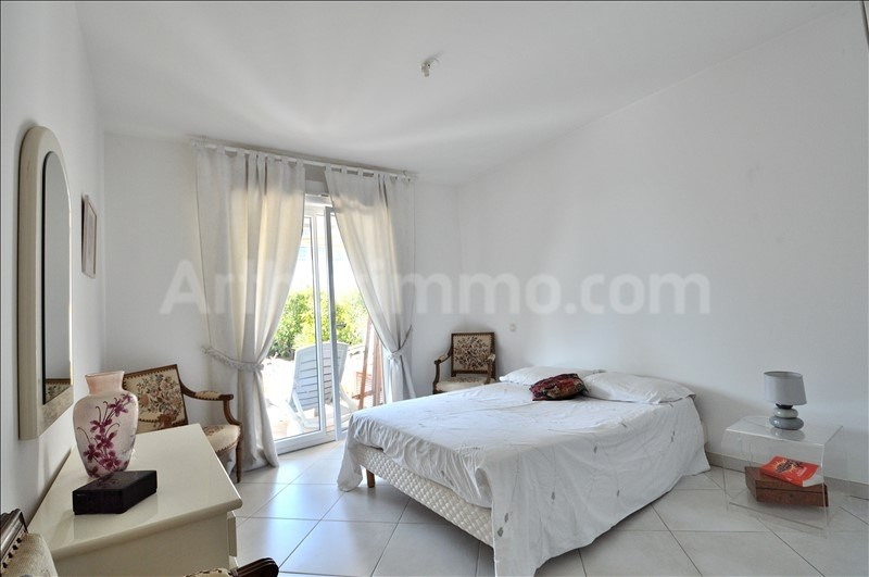 Deluxe sale apartment Les issambres 550 000€ - Picture 7
