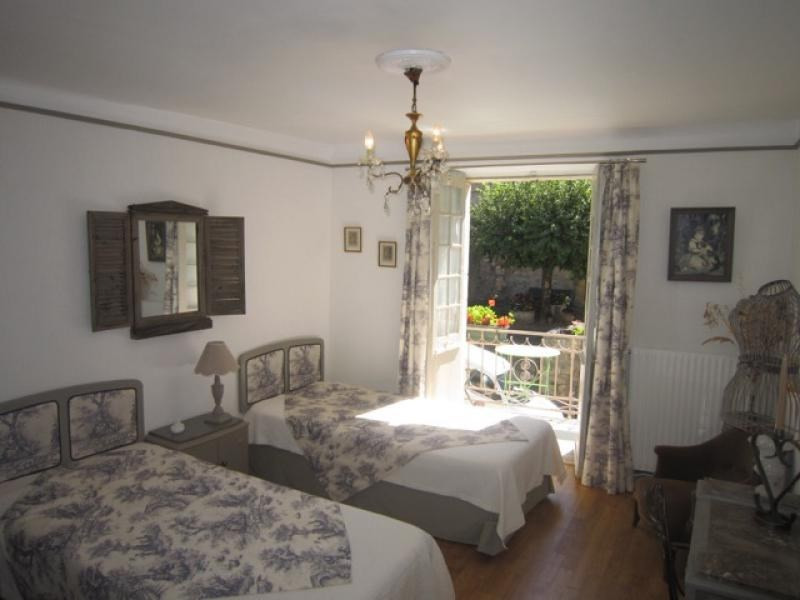 Sale house / villa St cyprien 192 600€ - Picture 3