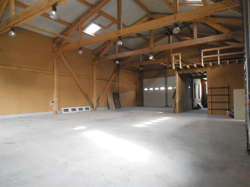 Location bâtiment Izernore 2200€ HT/HC - Photo 1