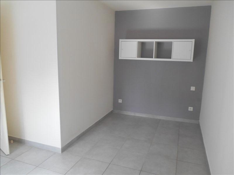Location appartement Saint julien les villas 450€ CC - Photo 3