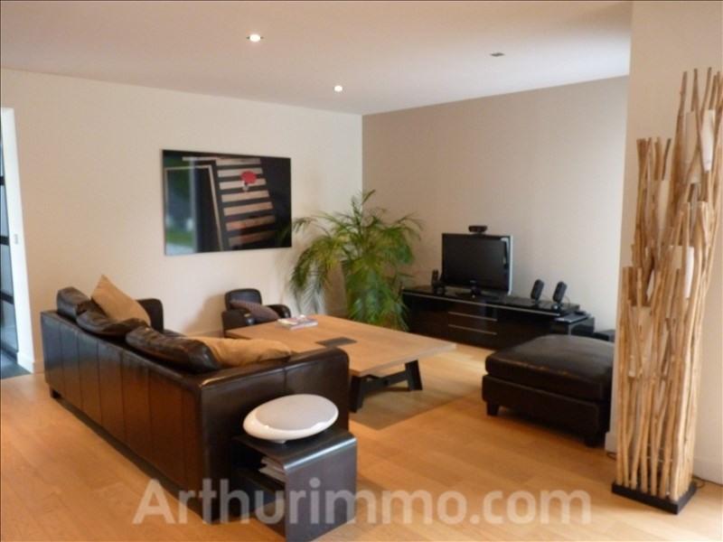 Sale house / villa Ploemel 477940€ - Picture 3
