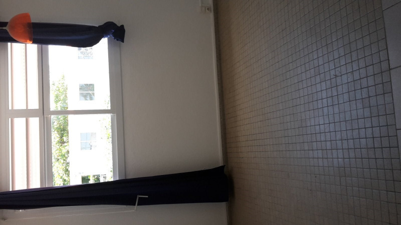 Location appartement Baillif 550€ CC - Photo 1