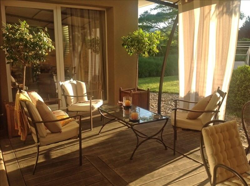 Deluxe sale house / villa Vetraz monthoux 895000€ - Picture 2
