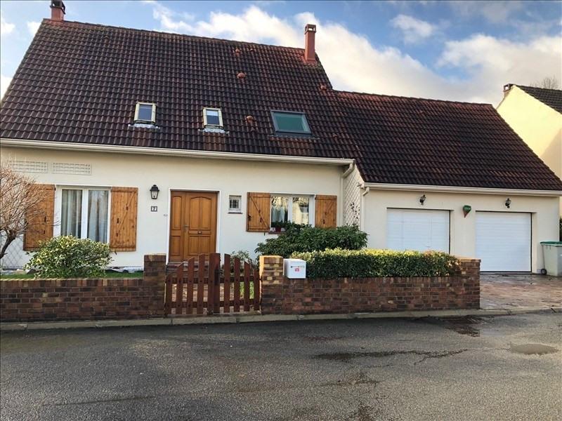 Sale house / villa Combs la ville 430000€ - Picture 1