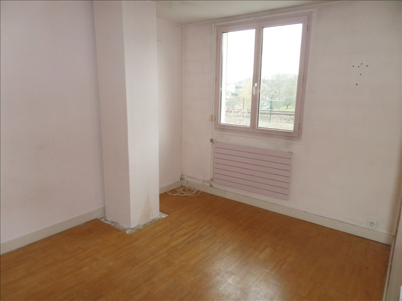 Sale house / villa La celle st cloud 410000€ - Picture 7