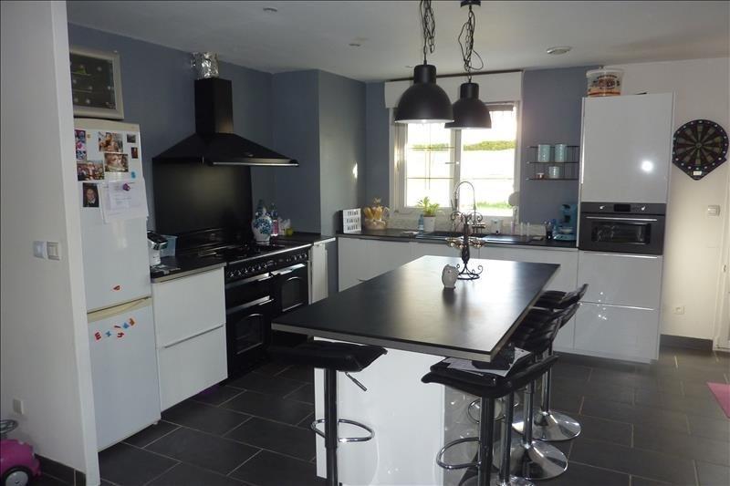 Sale house / villa Nanteuil le haudouin 225000€ - Picture 4