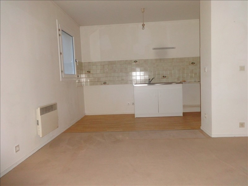 Rental apartment Vernon 598€ CC - Picture 1