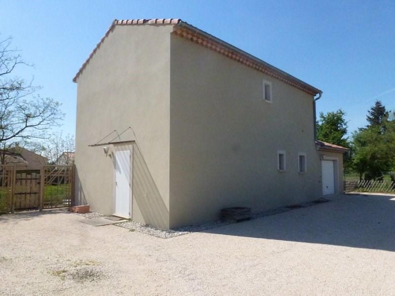 Location maison / villa Lapeyrouse mornay 850€ CC - Photo 4
