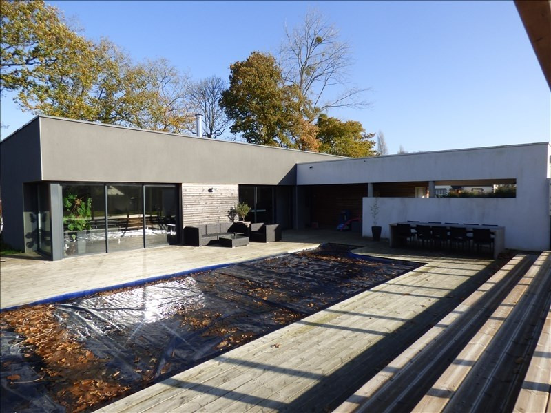 Sale house / villa Begard 397100€ - Picture 1