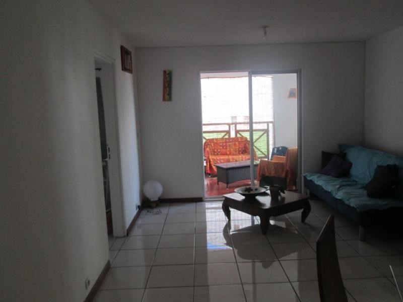 Rental apartment Saint paul 765€ CC - Picture 2