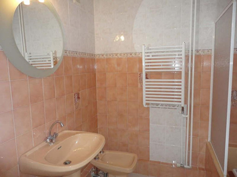 Rental apartment Le revest les eaux 757€ CC - Picture 9
