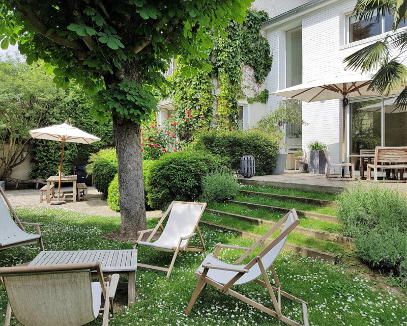 Sale house / villa Enghien-les-bains 1390000€ - Picture 1