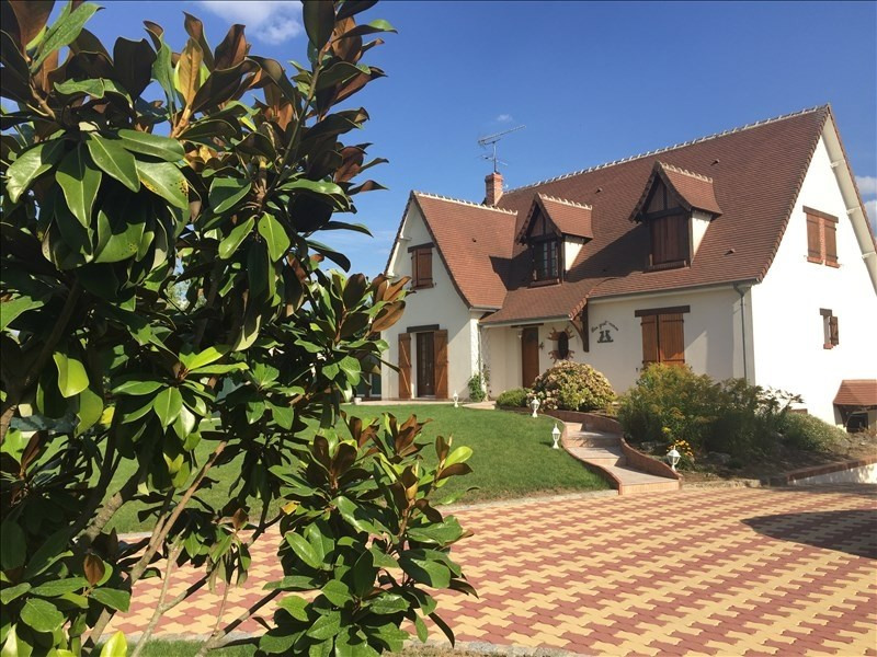 Sale house / villa Mer 302000€ - Picture 8