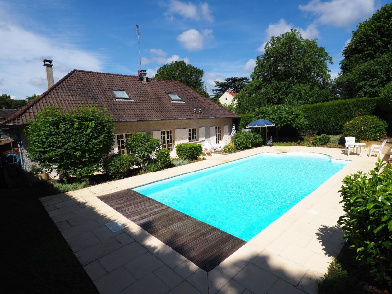 Sale house / villa Melun 562000€ - Picture 1