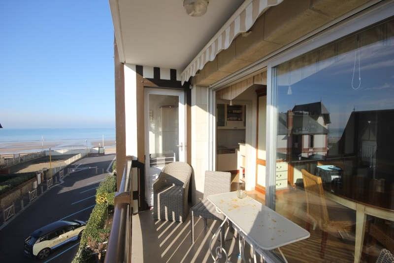 Deluxe sale apartment Blonville sur mer 330000€ - Picture 1