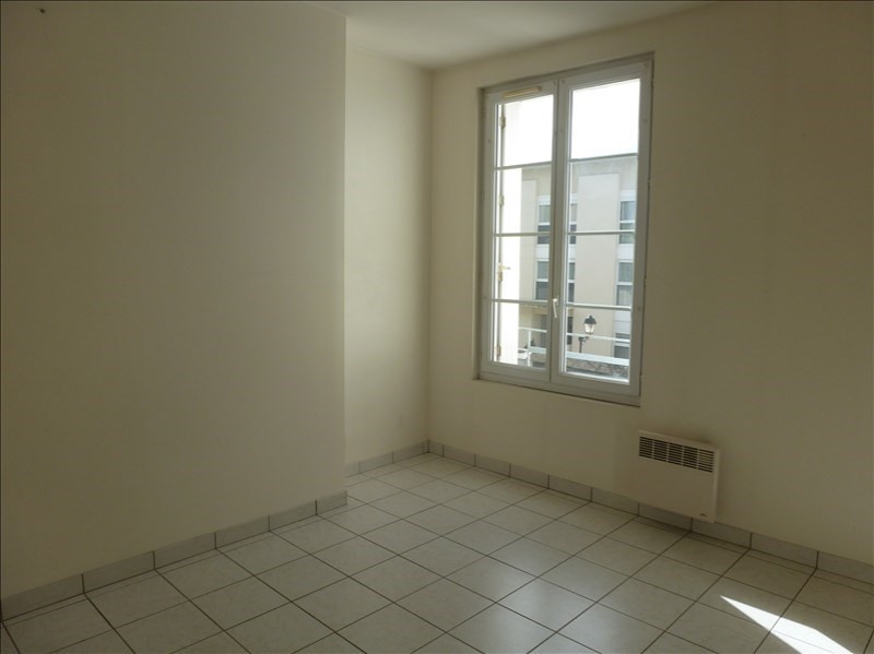Location appartement Chatellerault 433€ CC - Photo 4
