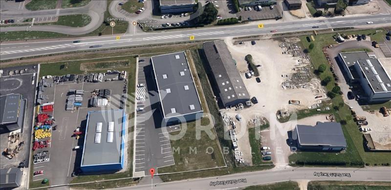 Location local commercial Moneteau 4200€ HC - Photo 9