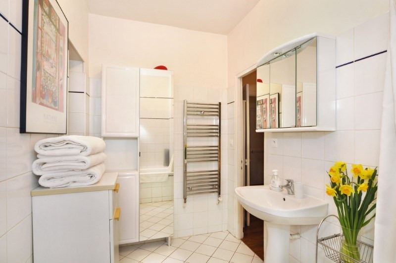Location appartement Paris 8ème 2 190€ CC - Photo 8
